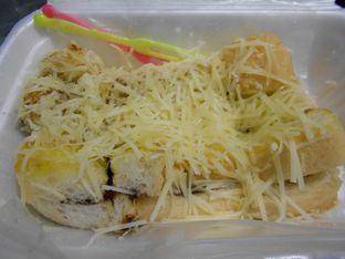 Foto 1 - Makanan di Roti dan Pisang Bakar 4 Sekawan oleh Olivia @foodsid
