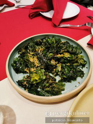 Foto 7 - Makanan(Crispy kailan) di Eastern Opulence oleh Patsyy