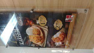 Foto 6 - Interior di KFC oleh om doyanjajan
