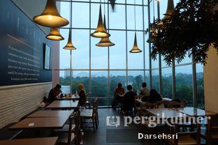 Foto 3 - Interior di Mie Kocok Bandung Mang Ade oleh Darsehsri Handayani