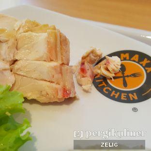 Foto 4 - Makanan(Undercooked Chicken) di Rasa Singapore oleh @teddyzelig