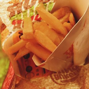 Foto 1 - Makanan di Burger King oleh Della Ayu