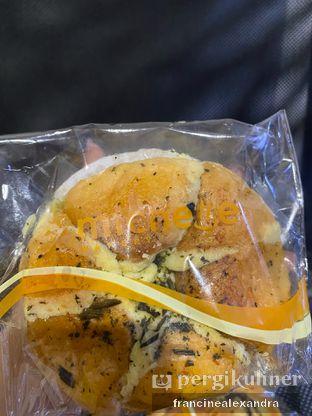 Foto 2 - Makanan di Michelle Bakery oleh Francine Alexandra