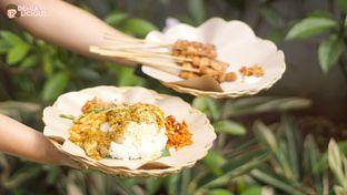 Foto 1 - Makanan(Sate Manis Jimbaran - ) di Warung Namu oleh @demialicious