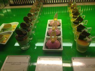 Foto 5 - Makanan di The Cafe - Hotel Mulia oleh Annisa Putri Nur Bahri