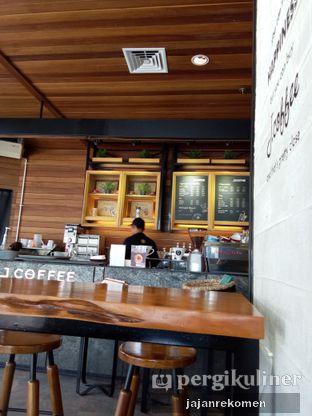 Foto 6 - Interior di J.CO Donuts & Coffee oleh Jajan Rekomen