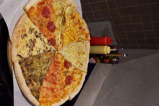 Foto 3 - Makanan di Sliced Pizzeria oleh yudistira ishak abrar