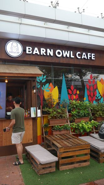 Foto Eksterior di Barn Owl Cafe