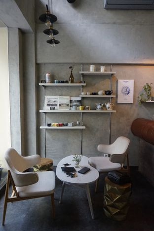 Foto 20 - Interior di Awesome Coffee oleh yudistira ishak abrar