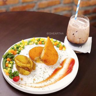 Foto Makanan di Coffeecius