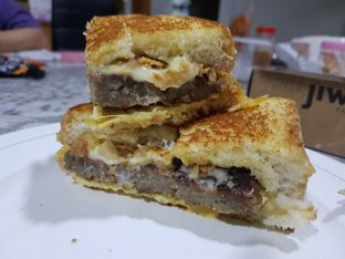 Foto review Jiwa Toast oleh D L 1