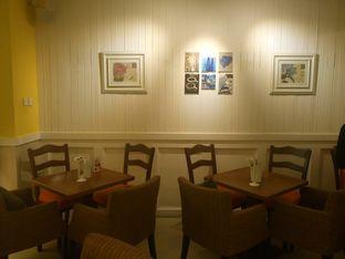 Foto 3 - Interior di Frenchie oleh yudistira ishak abrar