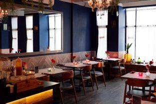 Foto 6 - Interior di Bleu Alley Brasserie oleh yudistira ishak abrar