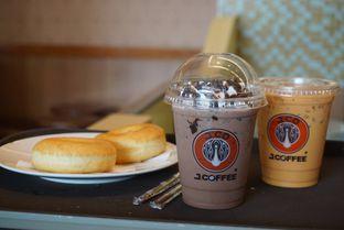 Foto 1 - Makanan di J.CO Donuts & Coffee oleh yudistira ishak abrar