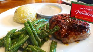 Foto 1 - Makanan(Buddy's Tenderloin Steak) di Steak Hotel by Holycow! oleh Komentator Isenk