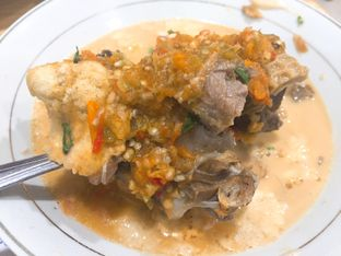 Foto 1 - Makanan di Soto & Sop Khas Betawi Bang Nawi oleh Theodora