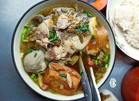 7 Tempat Makan Bakso Enak di Surabaya yang Paling Favorit