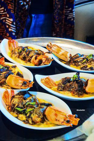 Foto 8 - Makanan di PASOLA - The Ritz Carlton Pacific Place oleh Isabella Chandra