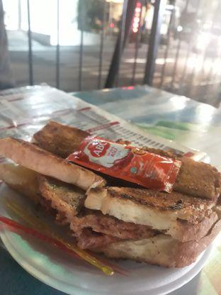 Foto 1 - Makanan di Roti Bakar Eddy oleh Tukang Ngopi