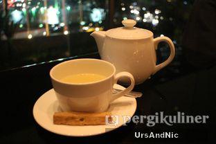 Foto 2 - Makanan di Fountain Lounge - Grand Hyatt oleh UrsAndNic