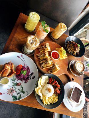 Foto 2 - Makanan di Kolonial Bistro & Roastery oleh kdsct