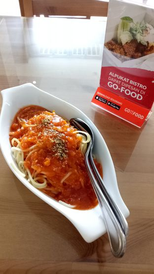 Foto 1 - Makanan(spaghetti bolognaise) di Alpukat Bistro oleh maysfood journal.blogspot.com Maygreen