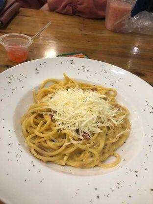 Foto 1 - Makanan di Cyrano Cafe oleh agiyasminsj