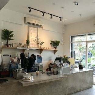 Foto 5 - Interior di Bhumi Coffee oleh Della Ayu