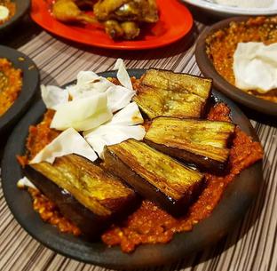 Foto 3 - Makanan di Warung Bu Kris oleh Mitha Komala