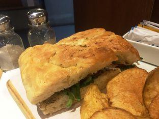 Foto 16 - Makanan di The Goods Cafe oleh Prido ZH