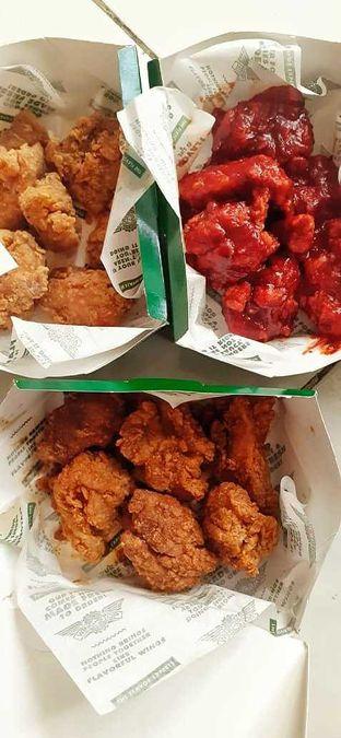 Foto 4 - Makanan di Wingstop oleh duocicip