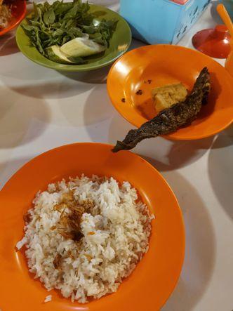 Foto Makanan di Nasi Uduk Pak Jhon
