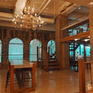 Foto 3 - Interior di Sajiva Coffee Company oleh Sopuwatunnisa
