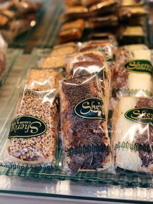Foto 1 - Makanan di Shereen Cakes & Bread oleh Indra Mulia