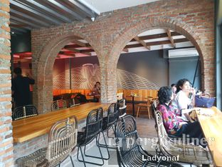 Foto 9 - Interior di Chief Coffee oleh Ladyonaf @placetogoandeat