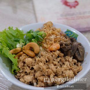 Foto 4 - Makanan di Pangsit Mie & Lemper Ayam 168 oleh Darsehsri Handayani