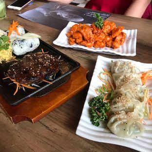 Foto 1 - Makanan di MyoungDong Gyoza oleh denise elysia