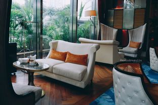 Foto 46 - Interior di The Writers Bar - Raffles Jakarta Hotel oleh Indra Mulia
