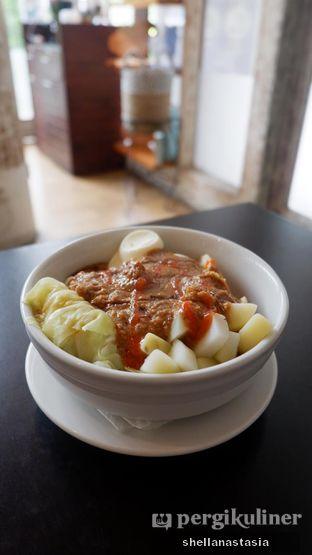 Foto 11 - Makanan(Siomay) di Roastwoods oleh Shella Anastasia