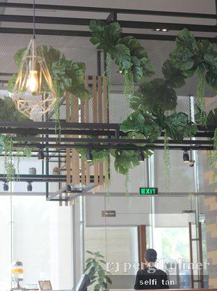 Foto 3 - Interior di Relish Bistro oleh Selfi Tan