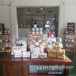 Foto 6 - Interior di Kuki Store & Cafe oleh Ladyonaf @placetogoandeat