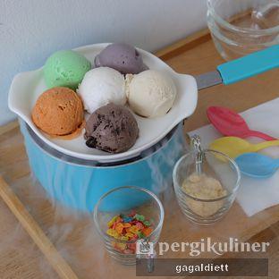 Foto 1 - Makanan di North Pole Cafe oleh GAGALDIETT