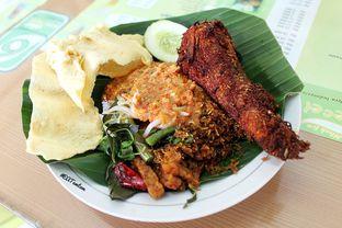 Foto 3 - Makanan(Nasi Pecel & Bandeng Presto) di Nasi Pecel Mbak Ira oleh Wisnu Narendratama