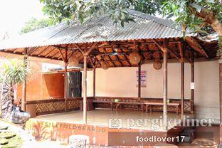 Foto 12 - Eksterior di Rumah Makan Kampung Kecil oleh Sillyoldbear.id
