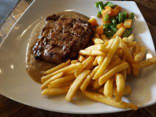 Foto review Karnivor oleh Maissy  (@cici.adek.kuliner) 1