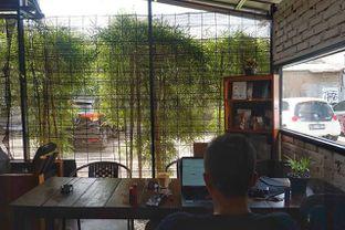 Foto 12 - Interior di Klasik Coffee oleh yudistira ishak abrar