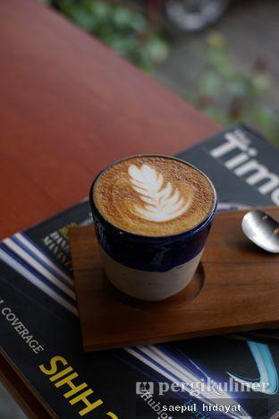 Foto 4 - Makanan(Cappuccino) di Turn On Coffee & Eatery oleh Saepul Hidayat