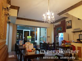 Foto 1 - Interior di Soto Betawi H. Mamat oleh ig: @andriselly