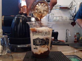Foto 3 - Makanan di VSIXTY COFFEE oleh Chris Chan