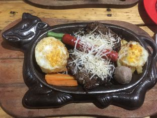 Foto review Hot Steak Pedas oleh Winny Valencia 1